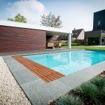 Finition margelle de piscine 8x4 avec volet Covrex Classic et terrasse