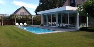 vue avec terrasse piscine avec canal de nage ZK 12 LPW